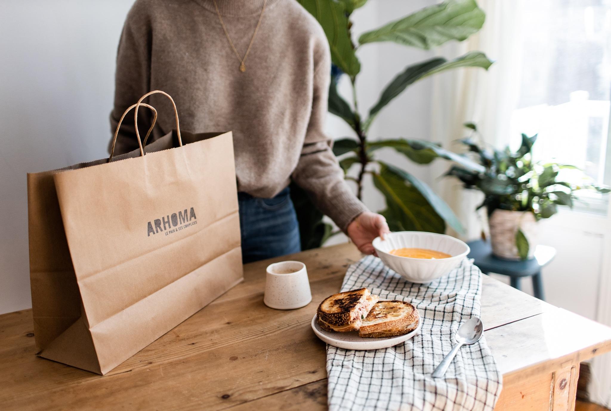 plats réconfortants, Arhoma boulangerie, livraison à domicile, grilled cheese, potage carotte, commande en ligne, livraison, pain maison, boulangerie montréal