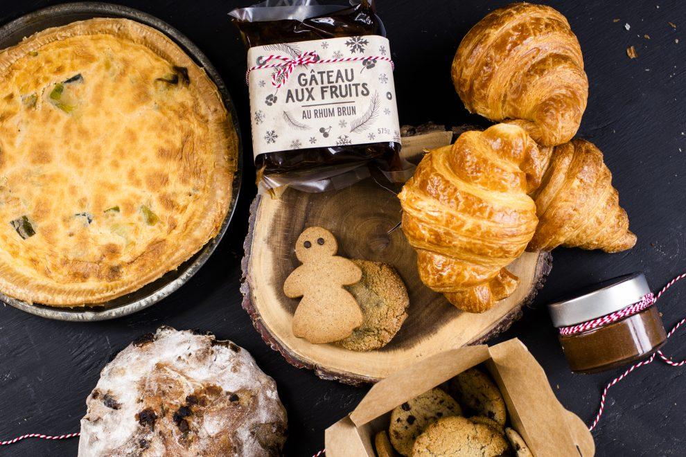 boîte délices noël, arhoma, arhoma boulangerie, dessert, noel, livraison, délices noël, gâteau aux fruits rhum, biscuits, quiche, croissants